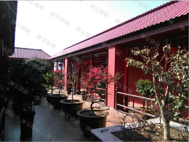 <b>古建修缮使用枣红色仿古合成树脂瓦案例</b>