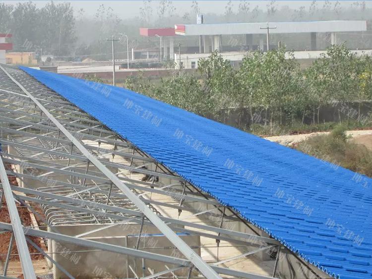 伊犁奶牛养殖场屋面防火防腐蚀使用秸秆瓦案例