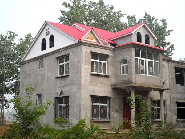<b>别墅钢结构屋顶搭建盖树脂瓦</b>