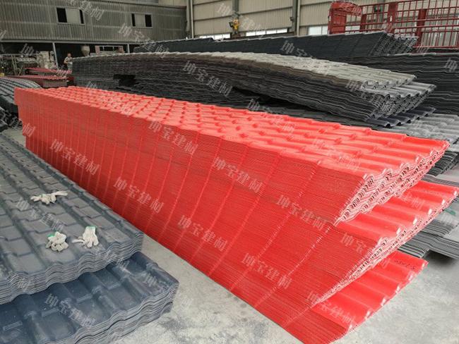 定制生产的1200平米大红色树脂瓦已出货