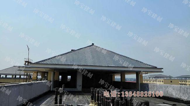 """""""平坡结合""""树脂瓦屋面,平顶和坡顶两者兼顾"""