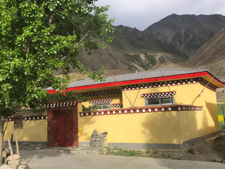 「叠层树脂瓦」在西藏,沿途处处可见藏居特色新生活