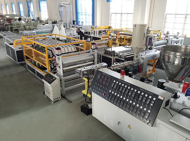 树脂瓦设备一条生产线需要哪些机器以及设备安装调试