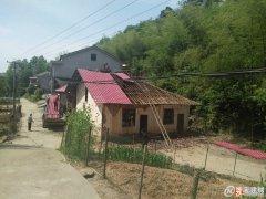 农村老房子翻新换合成树脂瓦 - 效果太好了