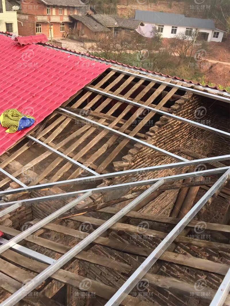 红色树脂瓦效果图-农村新建房屋图片