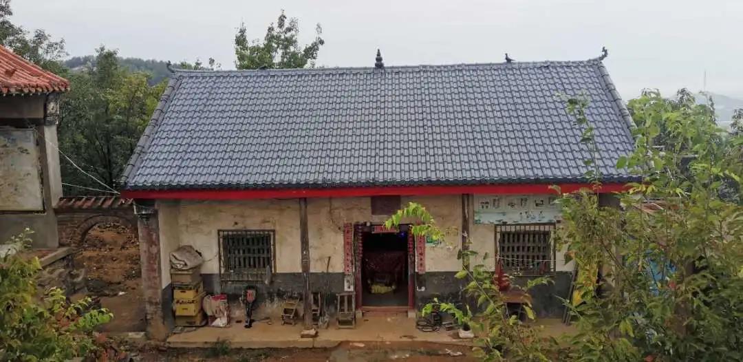 """农村消失的房屋瓦""""小青瓦片""""为何被树脂瓦全面取代?"""