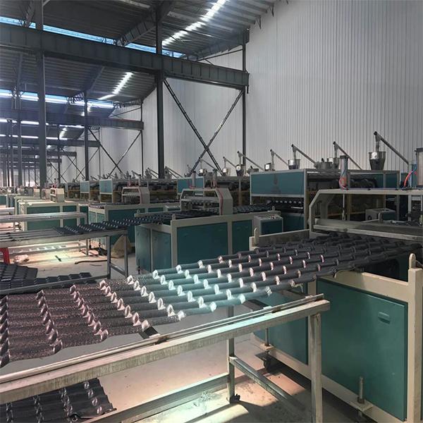 合成树脂瓦设备多少钱(机械生产线)