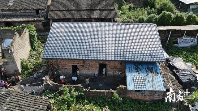 广东省屋顶改造换树脂瓦